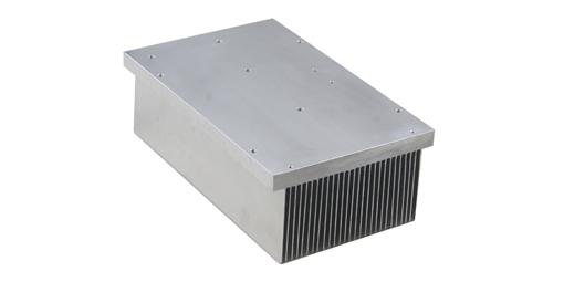 翅片重量对插片式散热器有何影响